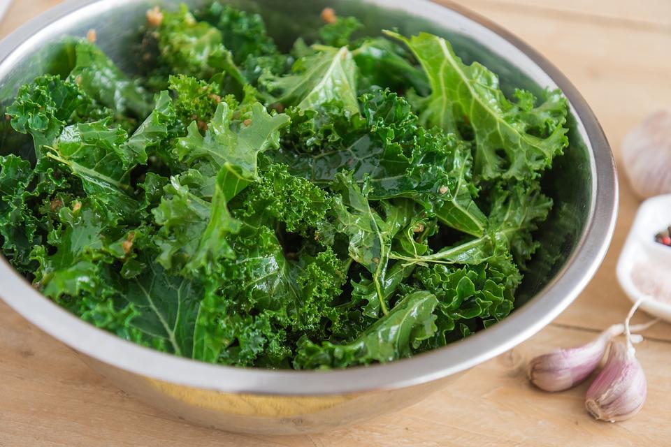 Kale Chips (Preservative Free)